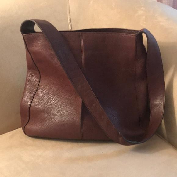 Banana Republic Handbags - BR leather bag